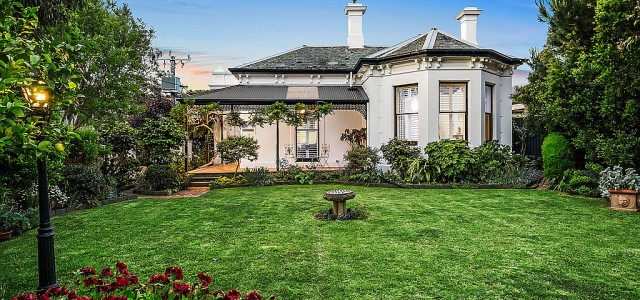 11 Dendy Street, BRIGHTON VIC 3186